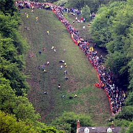 Cooper's Hill Cheese-Rolling race