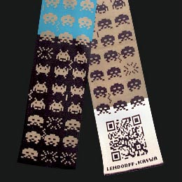 Space Invader QR-Code scarf