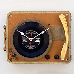 Record player clock