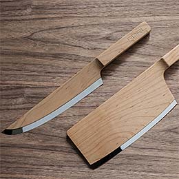 Wooden kitchen knives